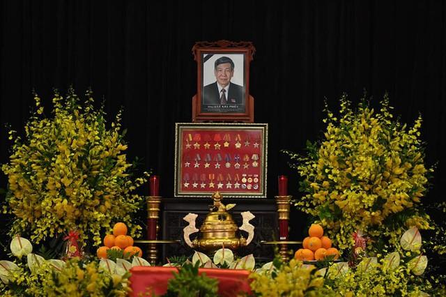 Lễ truy điệu và an táng Nguyên Tổng Bí thư Lê Khả Phiêu - Ảnh 58.