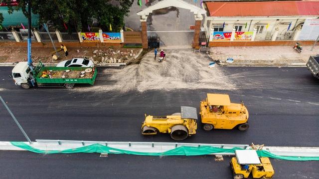 Cận cảnh cây cầu vượt lớn nhất Hà Nội sắp thông xe - Ảnh 7.
