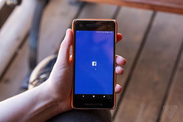Bị Apple ngó lơ đề nghị giảm thuế 30%, Facebook tức giận tuyên bố Táo khuyết đang ăn quá dày  - Ảnh 1.