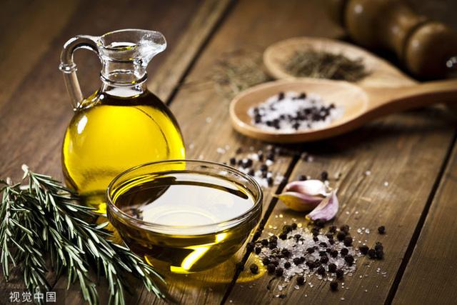 Đây là loại dầu ăn có thể chứa chất gây nguy hiểm cho sức khỏe: Hãy cẩn trọng khi dùng kẻo bệnh tật tìm đến với gia đình bạn lúc nào không hay - Ảnh 1.
