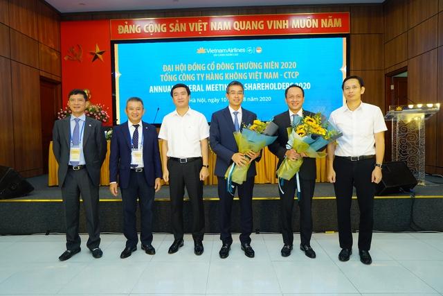 Áp lực đè lên vai tân Chủ tịch Vietnam Airlines: Mừng 1, lo 20 - Ảnh 1.
