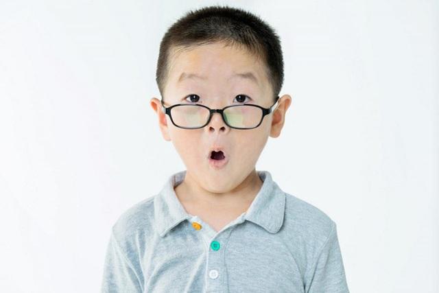 10 dấu hiệu chứng tỏ đứa trẻ rất thông minh, cha mẹ hãy đọc ngay để bồi dưỡng cho con - Ảnh 1.