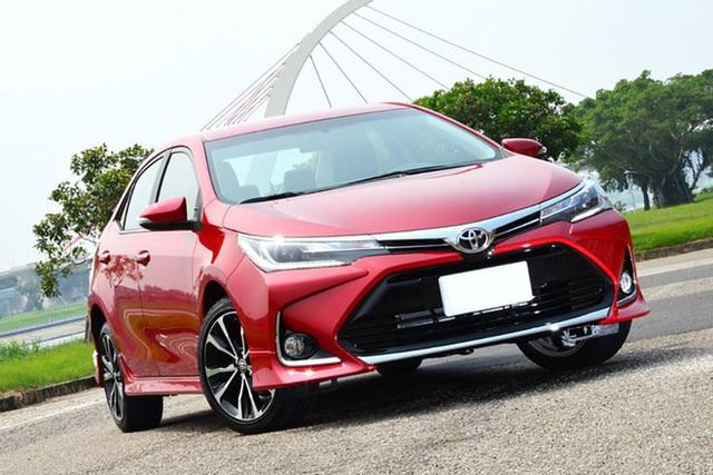 Top 5 ô tô giảm giá sâu né tháng cô hồn, có mẫu giảm tới 200 triệu đồng - Ảnh 10.