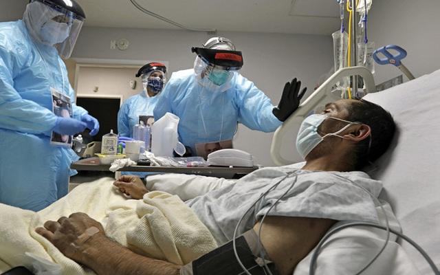 Sốc: Tìm thấy virus SARS-CoV-2 trong da người! - Ảnh 1.