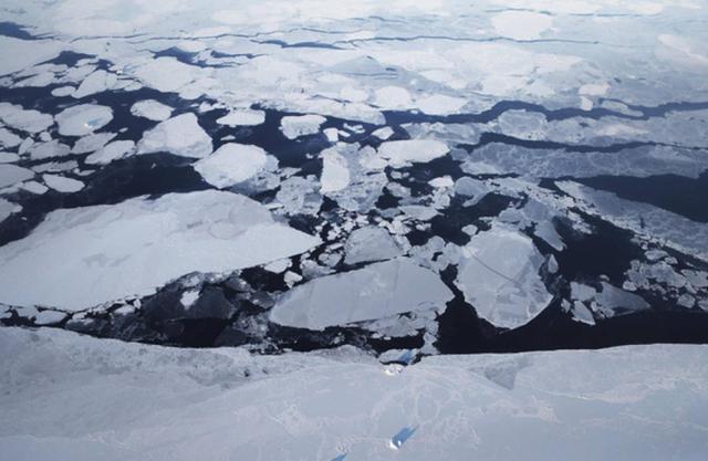 Khối băng lớn thứ 2 thế giới tan chảy, hẹn giờ Đại Hồng thủy chết chóc - Ảnh 2.