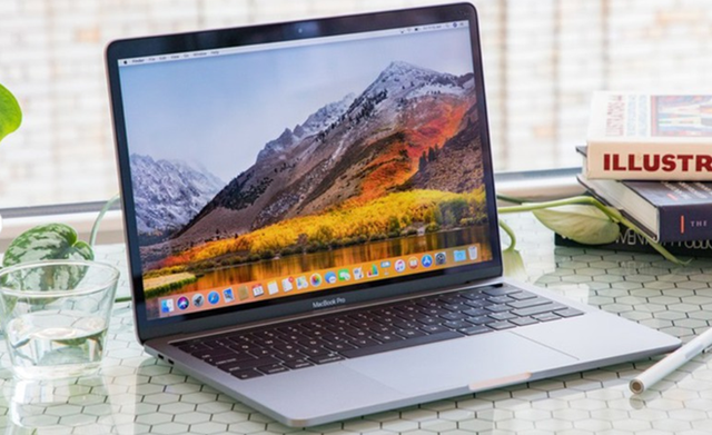 """Loạt MacBook của Apple """"chạy đua"""" xuống giá chạm đáy - Ảnh 1."""