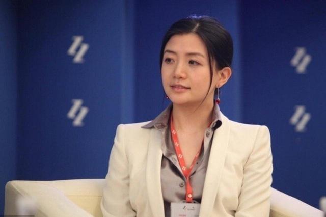 Nữ tỷ phú xinh đẹp nằm top giàu nhất Trung Quốc hoá ra từng là cánh tay phải đắc lực cho Jack Ma, thành tích đằng sau khiến ai nấy đều kính nể - Ảnh 2.