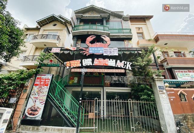 Hơn nửa năm đóng cửa vì dịch Covid-19, giá thuê mặt bằng trên đường Phan Xích Long vẫn chưa hạ nhiệt - Ảnh 12.