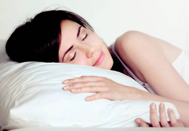 Những sản phẩm giúp bạn ngủ ngon, nạp năng lượng cho ngày mới làm việc hiệu quả - Ảnh 3.