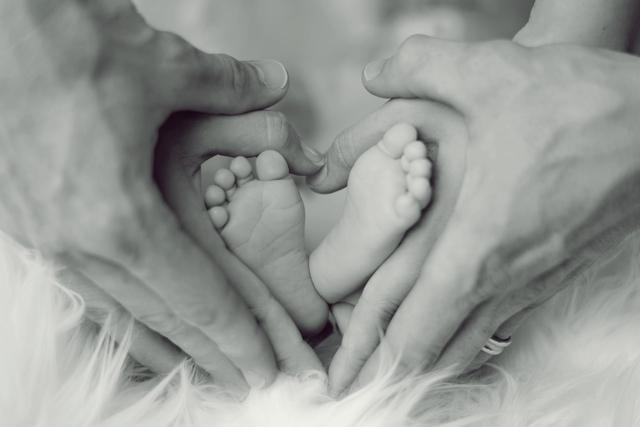 Thư cha gửi con nhân ngày trưởng thành khiến ai ai cũng phải suy ngẫm: Đừng cầu mong sống lâu trăm tuổi, hãy ước mình có thể tận hưởng trọn vẹn cuộc sống này - Ảnh 1.
