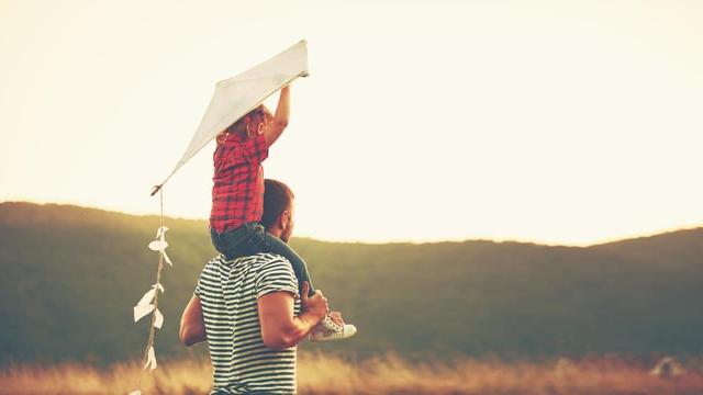 Thư cha gửi con nhân ngày trưởng thành khiến ai ai cũng phải suy ngẫm: Đừng cầu mong sống lâu trăm tuổi, hãy ước mình có thể tận hưởng trọn vẹn cuộc sống này - Ảnh 3.