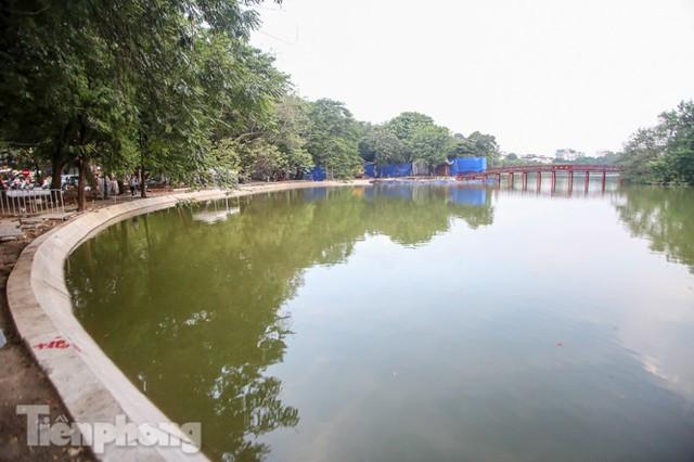 Hợp long công trình kè hồ Hoàn Kiếm bằng 1.500 khối bê tông cốt sợi - Ảnh 14.