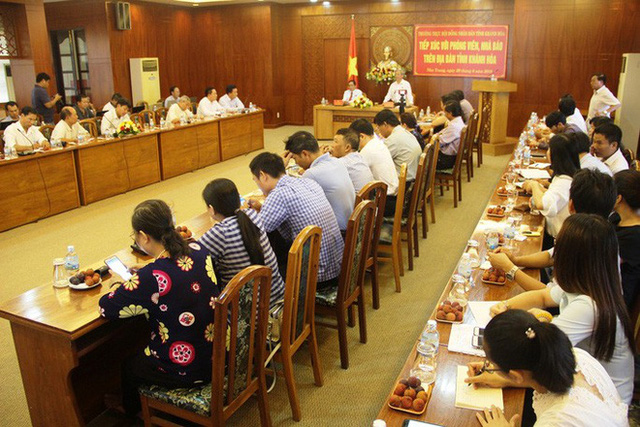 Kỷ luật hàng loạt lãnh đạo sở, ngành Khánh Hòa - Ảnh 4.