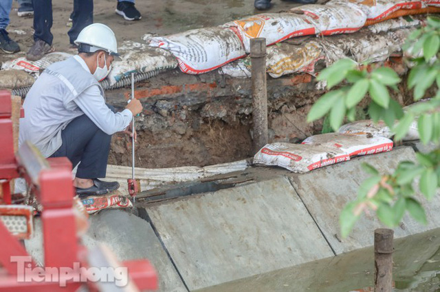 Hợp long công trình kè hồ Hoàn Kiếm bằng 1.500 khối bê tông cốt sợi - Ảnh 6.