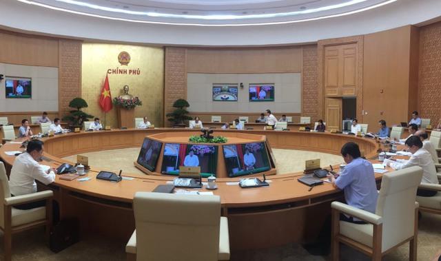 Bộ trưởng Nguyễn Chí Dũng: Từ cuối tháng 7, giải ngân đầu tư công đã chuyển biến tích cực nhưng vẫn vướng về giải phóng mặt bằng - Ảnh 1.