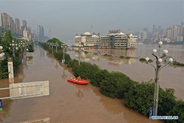 Mưa lũ nghiêm trọng tiếp diễn tại Trung Quốc - Ảnh 1.