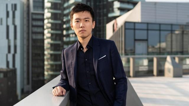 Thiên kim giới siêu giàu Trung Quốc: 23 tuổi thừa kế tài sản hơn 330 nghìn tỷ đồng, đính hôn với Thái tử điển trai của tập đoàn bán lẻ lớn nhất nước - Ảnh 4.
