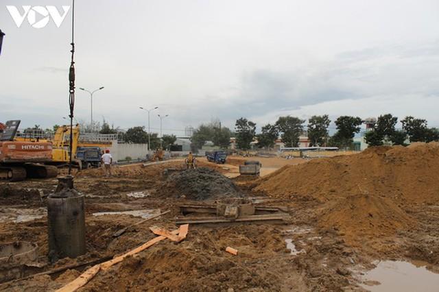 Nhiều công trình tại Đà Nẵng được thi công trở lại - Ảnh 5.