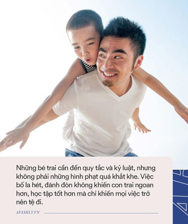 7 sai lầm các ông bố thường mắc phải khi dạy con trai, đọc để tránh ngay kẻo muộn - Ảnh 2.