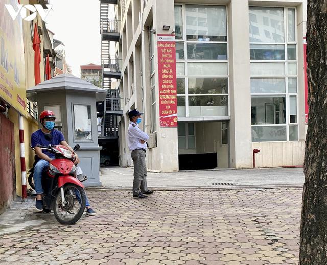 Hàng quán Hà Nội thiết lập lá chắn phòng, chống dịch COVID-19 - Ảnh 11.