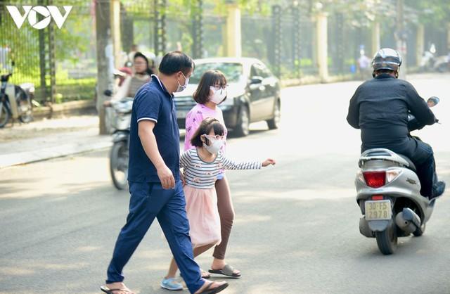 Hàng quán Hà Nội thiết lập lá chắn phòng, chống dịch COVID-19 - Ảnh 12.