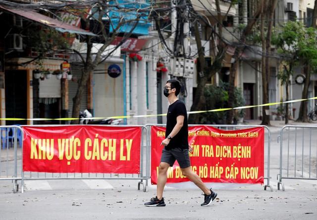 Chuyên gia Hoa Kỳ: Nếu xử lý Covid-19 như Việt Nam trong 8 tháng qua, chắc chưa tới 100 cư dân Hoa Kỳ phải chết vì đại dịch - Ảnh 2.