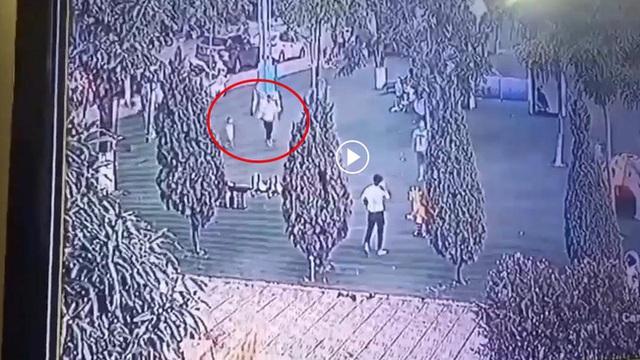 Từ sự việc bé trai 2,5 tuổi bị mất tích ở Bắc Ninh, đây là những điều bố mẹ cần lưu ý để tránh sự cố đáng tiếc xảy ra - Ảnh 1.