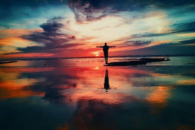 Quá nhiều vấn đề cuộc sống khiến bạn chán nản, kiệt sức: Làm thế nào để tìm thấy bình yên trong sự hỗn loạn của chính mình? - Ảnh 2.