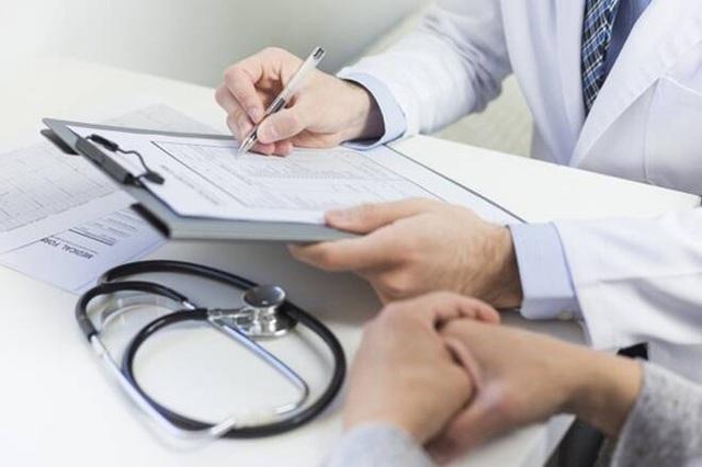 Thấy rõ dấu hiệu nghi ngờ nhưng bác sĩ liên tục chẩn đoán sai, người phụ nữ 35 tuổi quyết tâm làm một việc giúp mình chiến thắng bệnh ung thư vú - Ảnh 2.