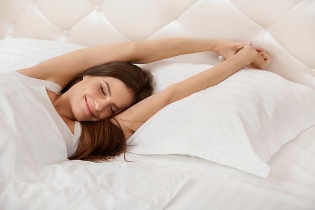 3 thói quen nếu làm trước khi đi ngủ sẽ có hại hơn cả thức khuya, hãy từ bỏ ngay trước khi quá muộn - Ảnh 5.