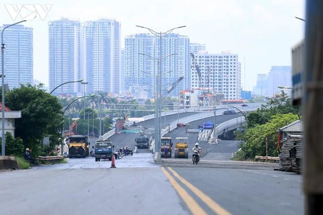 Toàn cảnh đại công trường sửa chữa cầu Thăng Long, Hà Nội - Ảnh 11.