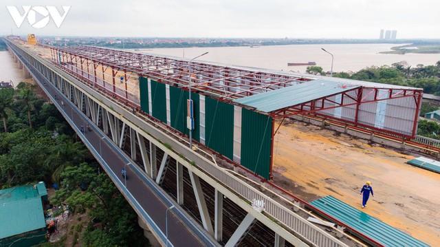 Toàn cảnh đại công trường sửa chữa cầu Thăng Long, Hà Nội - Ảnh 6.