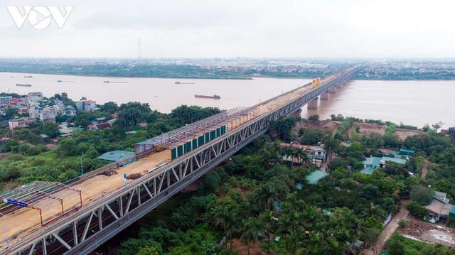 Toàn cảnh đại công trường sửa chữa cầu Thăng Long, Hà Nội - Ảnh 9.