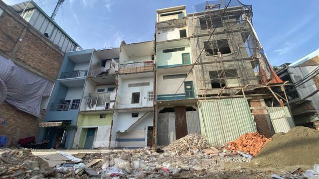 Người Sài Gòn dỡ nhà mặt phố bàn giao mặt bằng làm tuyến Metro Số 2 - Ảnh 2.