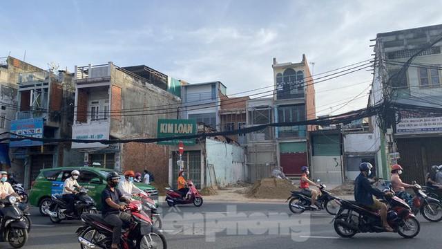 Người Sài Gòn dỡ nhà mặt phố bàn giao mặt bằng làm tuyến Metro Số 2 - Ảnh 11.