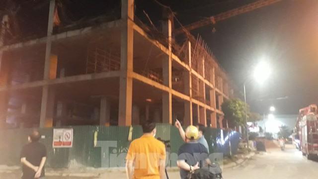 Sập trần công trình xây dựng đại lý ô tô ở thành phố Bắc Giang - Ảnh 6.
