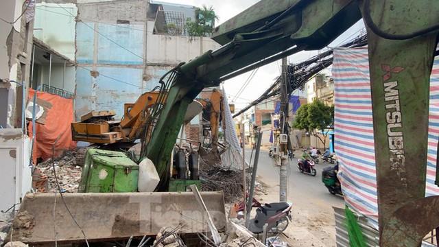 Người Sài Gòn dỡ nhà mặt phố bàn giao mặt bằng làm tuyến Metro Số 2 - Ảnh 7.