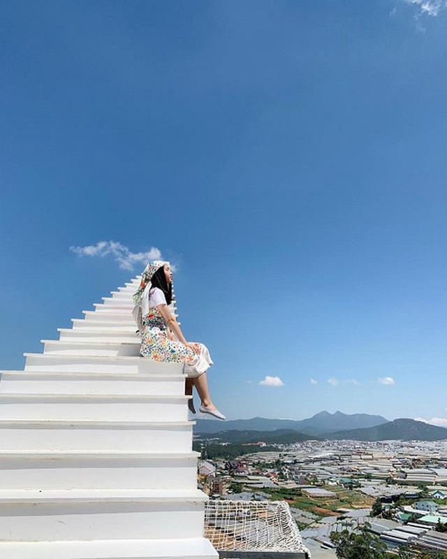 4 cầu thang vô cực kỳ ảo nhất thế giới, Việt Nam cũng có một đại diện trong danh sách - Ảnh 12.