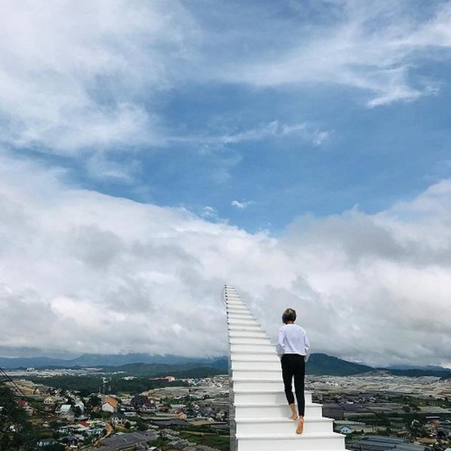 4 cầu thang vô cực kỳ ảo nhất thế giới, Việt Nam cũng có một đại diện trong danh sách - Ảnh 10.