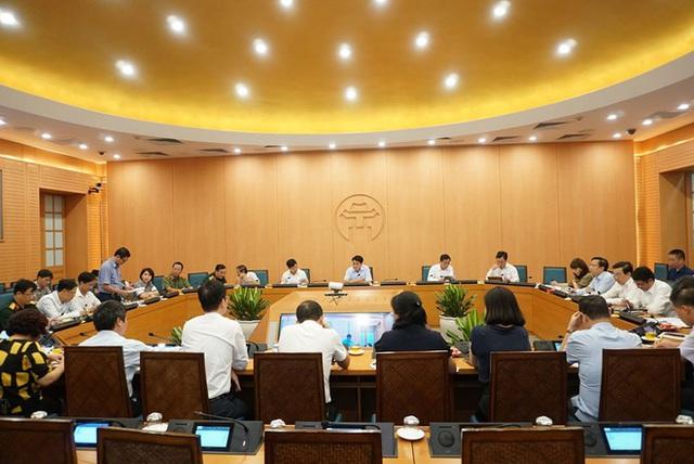 Chủ tịch Hà Nội yêu cầu xác minh ôtô chở bệnh nhân Covid-19 từng đến bến xe Nước Ngầm - Ảnh 1.