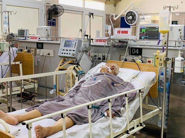 Dùng thuốc giải độc 8.000 USD/lọ, người đàn ông vẫn nguy kịch vì sản phẩm Minh Chay - Ảnh 1.