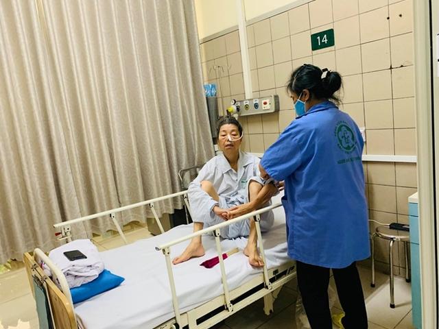 Dùng thuốc giải độc 8.000 USD/lọ, người đàn ông vẫn nguy kịch vì sản phẩm Minh Chay - Ảnh 2.