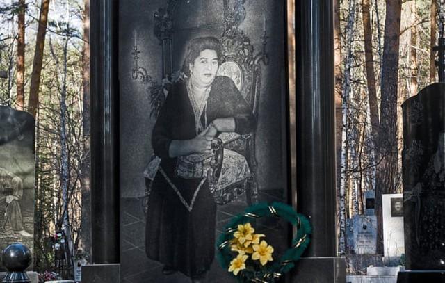 Thăm thú nghĩa trang mafia độc đáo ở Nga: Khi còn sống khét tiếng bao nhiêu, lúc nhắm mắt cũng hoành tráng bấy nhiêu - Ảnh 5.