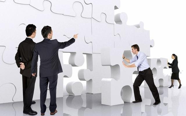 """Khoảng thời gian chờ đợi phục hồi là cơ hội để các doanh nghiệp tái cấu trúc """"bật dậy"""" sau dịch - Ảnh 1."""