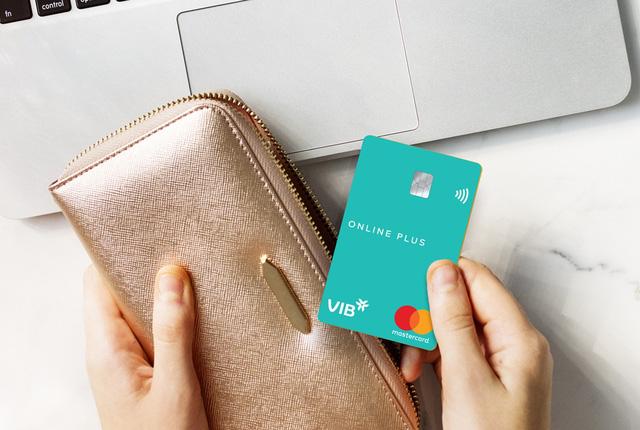 Chọn thẻ tín dụng thế nào để tối ưu lợi ích khi mua sắm trực tuyến? - Ảnh 2.