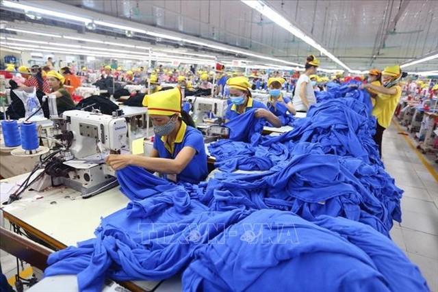 Nửa cuối năm 2020 là thời điểm thực sự khó khăn của ngành dệt may - Ảnh 1.