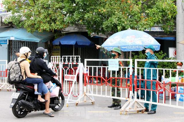 Cuộc sống trong thôn đầu tiên ở Đà Nẵng bị phong tỏa vì COVID – 19 - Ảnh 12.