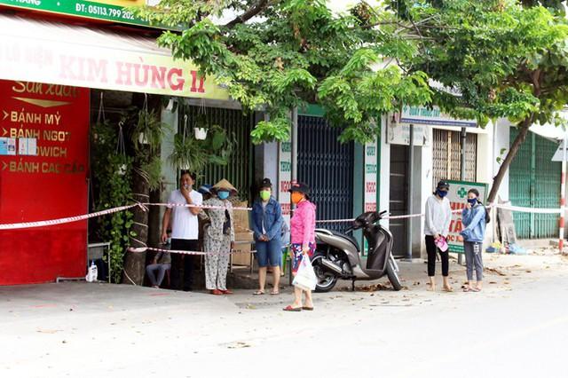 Cuộc sống trong thôn đầu tiên ở Đà Nẵng bị phong tỏa vì COVID – 19 - Ảnh 3.
