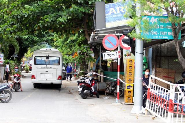 Cuộc sống trong thôn đầu tiên ở Đà Nẵng bị phong tỏa vì COVID – 19 - Ảnh 7.