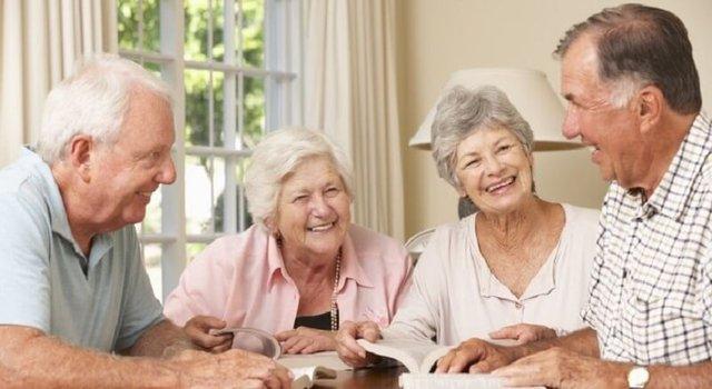 Khoa học chứng minh đây là 2 điều đặc biệt quan trọng giúp kéo dài tuổi thọ: Duy trì tốt thì sống vui khỏe đến trăm tuổi! - Ảnh 1.